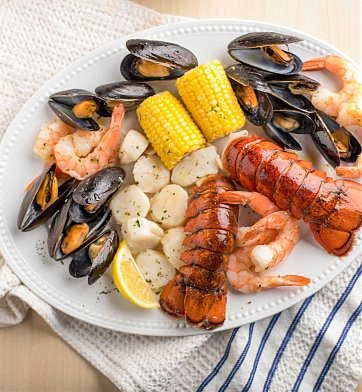 Specialty Gifts: Effortless Lobster Bake for Two