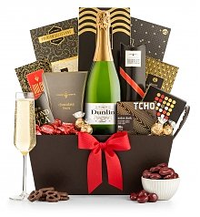 Champagne Gift Baskets: Standing Ovation Champagne & Confections